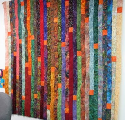 orange squares makes this a great quilt
