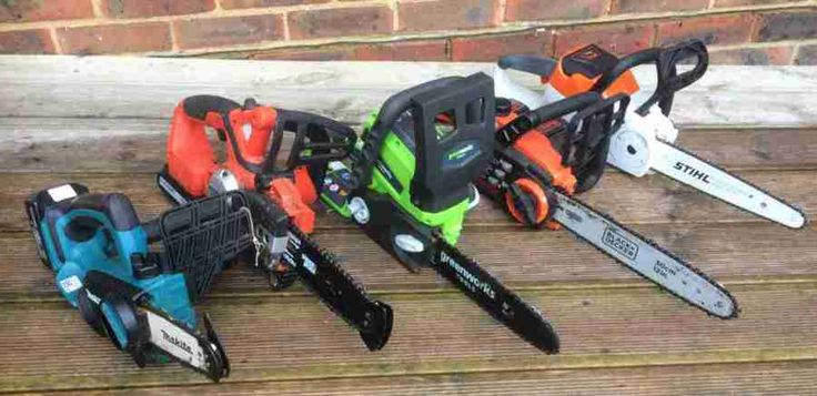 Cordless chainsaws tested and reviewed by Fred In The Shed