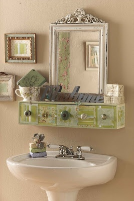 Creative I Was Browsing Cabinet Ideas For My Bathroom And Didnt Find One That Was Unique I Love Vintage And Chippy And Nothing  A Perfect Project For Beginning DIYers!