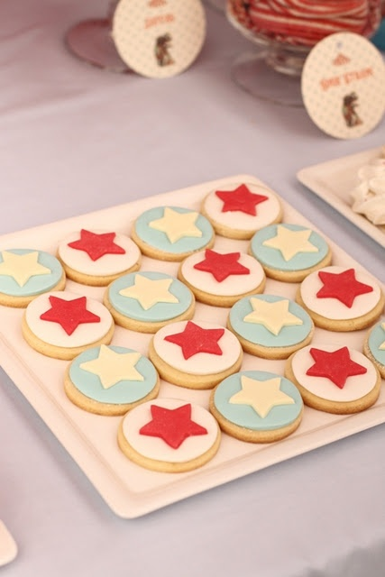 cute circus cookies