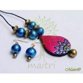 handmade-terracotta-jewelry-small-set-tsc24 http://www.maitricrafts.com/terracotta-sets/small-size-sets http://www.maitricrafts.com/