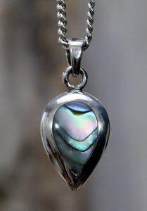 Echt zilveren (925) hanger met abalone.