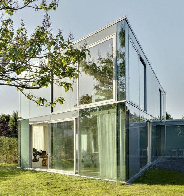 Les 23 meilleures images du tableau maisons r alis es en for Devanture maison design
