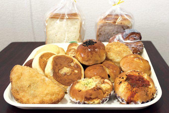 セルプいしきのパンたち