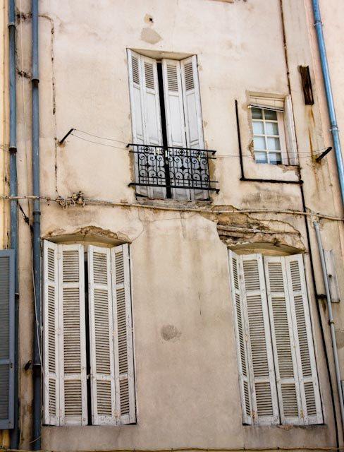 aix en provence rustic windows. Romance in France