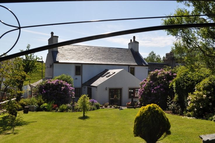 Lilac Bank B&B, South Ayrshire on Cycle Route 7, near Dalduff Barn, Blairquhan Castle and Culzean.  Lilac Bank bed and breakfast situated in the old weaving village of Crosshill, Maybole, is a beautiful category B listed period home on Sustrans National Cycle Route 7. Our accommodation is in the end cottage of our house and affords privacy for our guests with their own front door. Open farmland and hills to the front and extensive gardens to the rear.