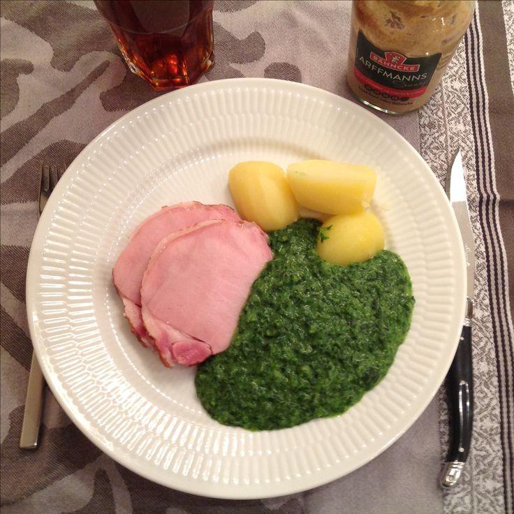 Hamburgerryg med grønlangkål