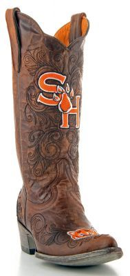 I need these boots! Maybe someday when I win the lotto. Eat 'Em Up Kats!!