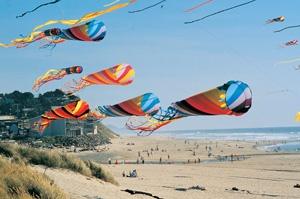 kites flying in Lincoln City, Oregon