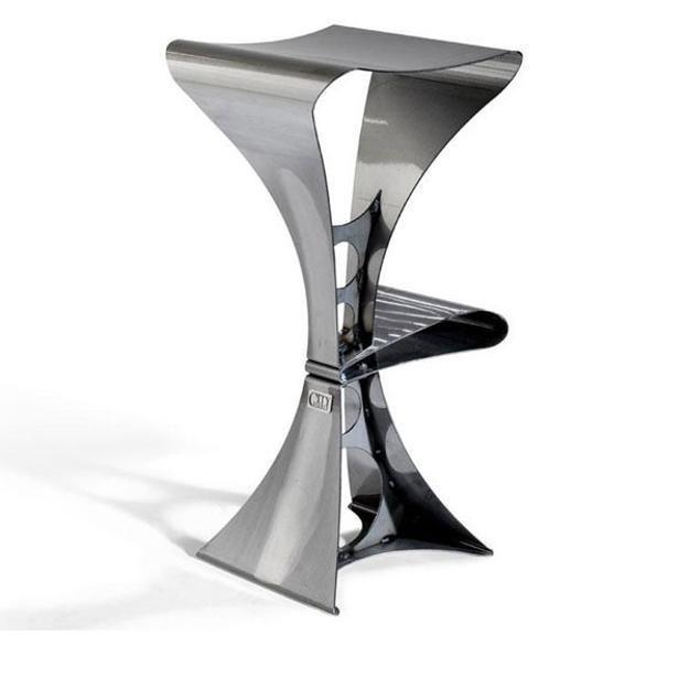 Sculptural furniture looks spectacular, adding fabulous centerpieces to interior design