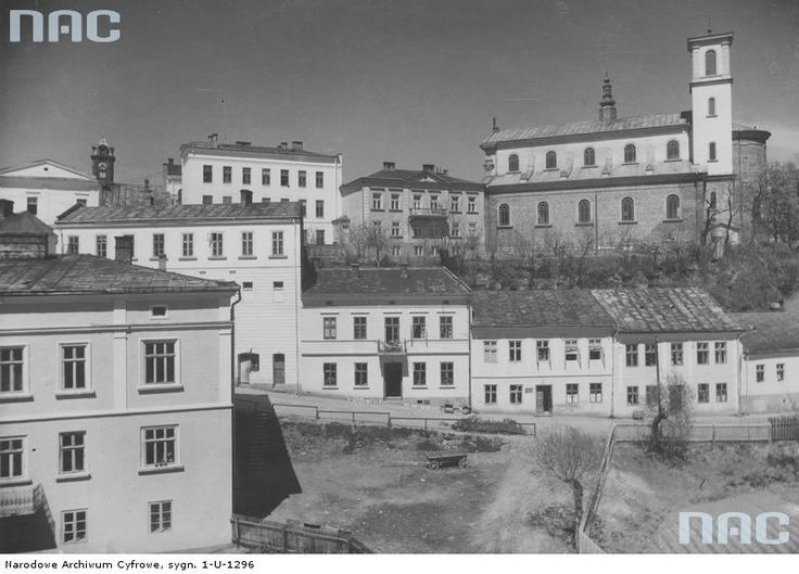 Gorlice (completely destroyed during the WW1, reconstructed)