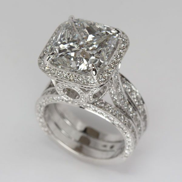 Cushion cut Diamond Engagement Ring from Oliver Smith Jeweler.