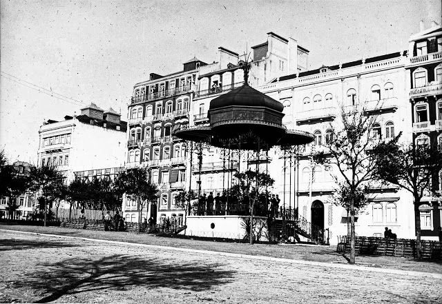 Lisboa de Antigamente: Antigo coreto da Avenida da Liberdade