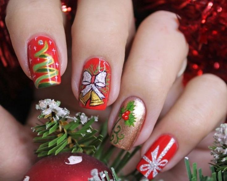 1116 best mis uas images on pinterest christmas is here and you shouldnt delay in decking up those nails check out these happy and lovable christmas nail designs right here prinsesfo Gallery