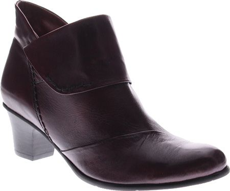 NineWest Nine West Women's Verona Fabric Fashion Sneaker, Navy, 41.5 B(M) EU/8.5 B(M) UK
