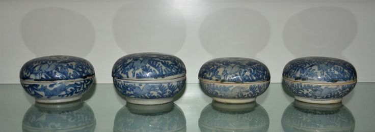 4 pcs ZhangZhou (Swatow) Blue and White Covered Box