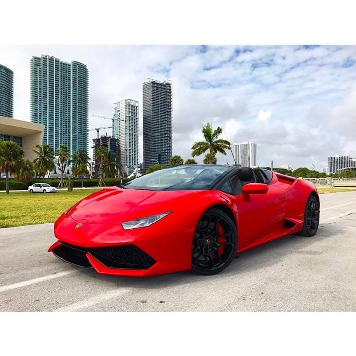 Lamborghini Huracan Spyder available for rent at @paramount_luxury_rentals Visit http://ift.tt/1MLkKFp to book this Spyder or call us at 1-305-924-3737 #paramountluxuryrentals