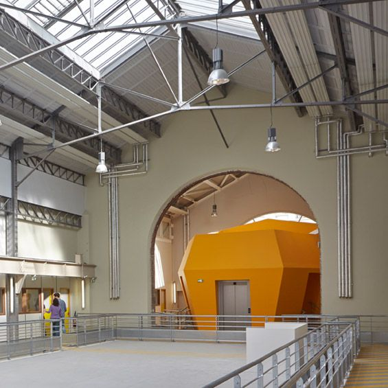 Pour l'école nationale supérieure d'arts et métiers Paristech, l'agence d'architecture de Patrick Mauger est intervenue sur deux des quatre ...