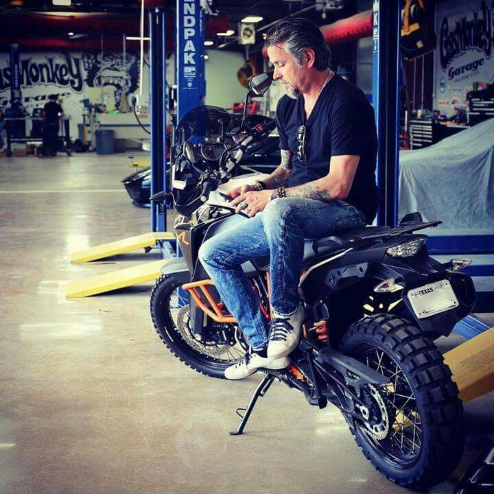 433 best images about gas monkey garage on pinterest discovery channel cars and richard rawlings. Black Bedroom Furniture Sets. Home Design Ideas