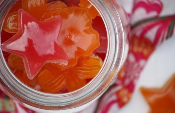 Come preparare in casa delle caramelle gommose senza coloranti e senza gelatinaconsigli bio eco ricette