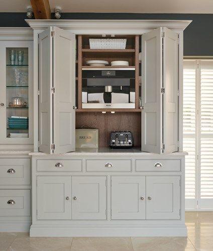 Spacious Open Plan Kitchen – Tom Howley