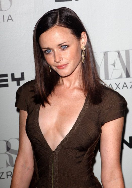 "How can anyone look at Alexis Bledel and not think ""Holy Crap, she's Ana!"""