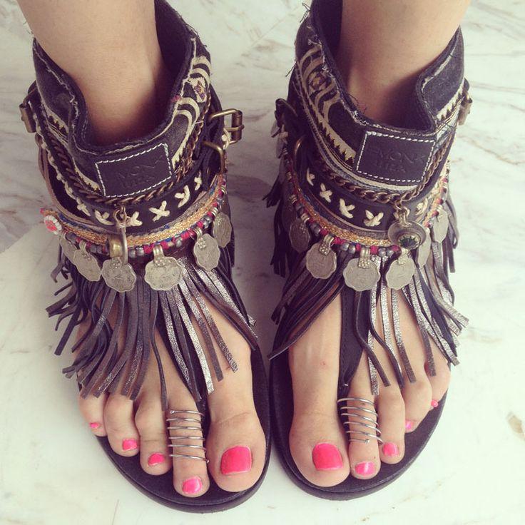 Nice sandals de @madamederosa en http://www.madamederosa.com/page/4/
