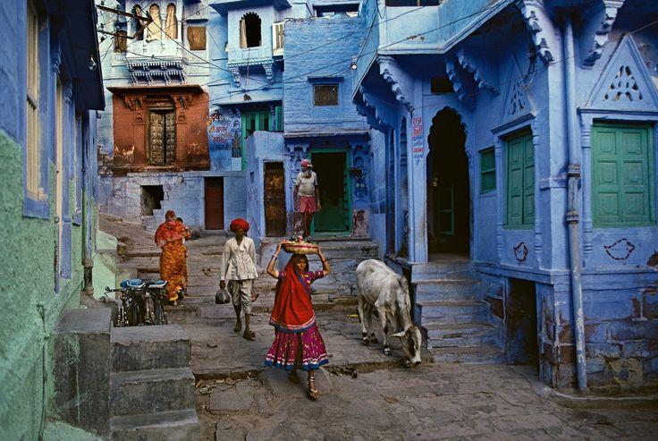 Steve McCurry - Blue city - Jodhpur, India