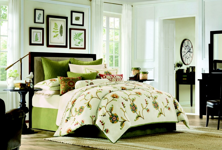So springy! #Bedding: Spring Color