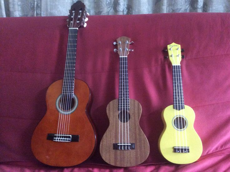 Valencia 1 4 classical guitar seven tone concert ukulele for Luthier valencia