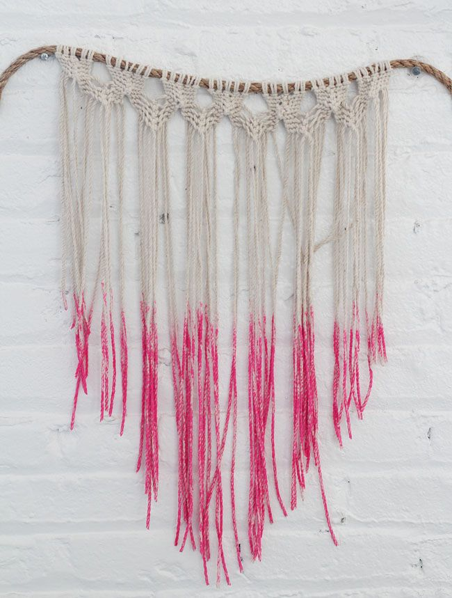 make your own macrame wall hanging!