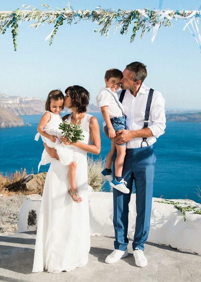 Santorini destination wedding | see more at http://fabyoubliss.com (45)