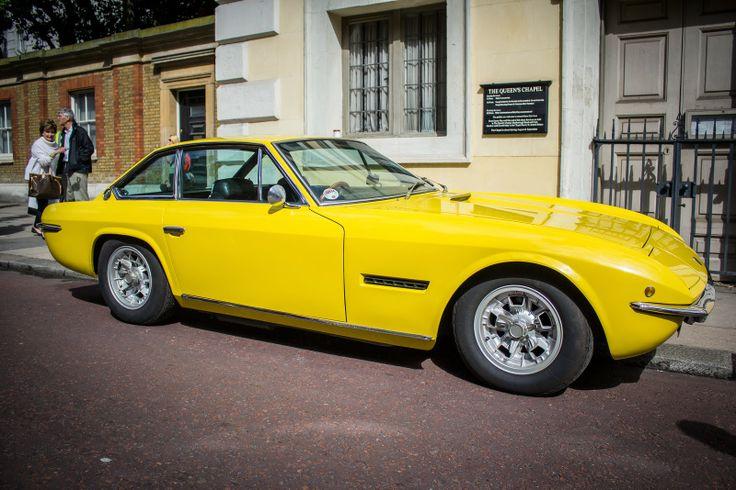 Foto Mobil Keren Lamborghini Islero Yellow - LGMSports.com