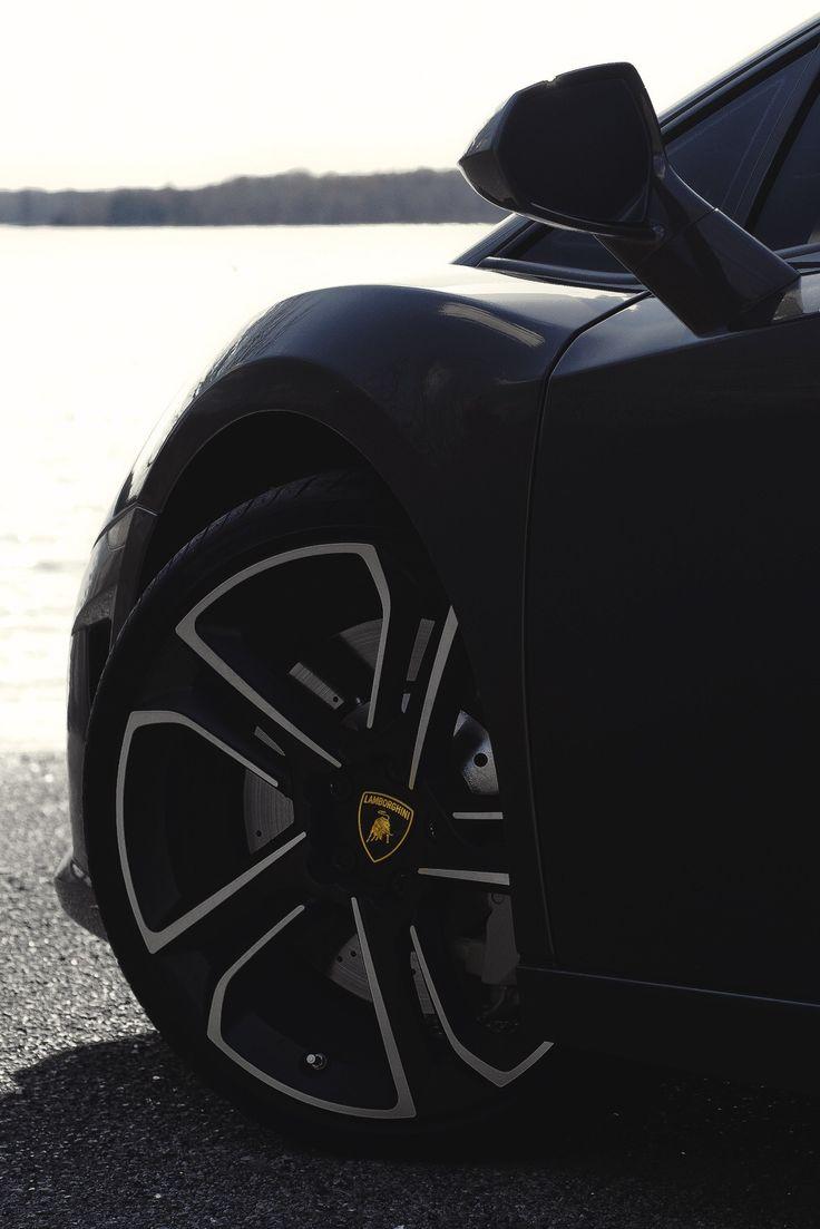 Lamborghini Gallardo     Drive a Lambo @ http://www.globalracingschools.com