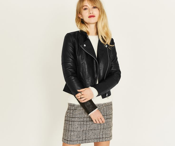 Oasis, FAUX LEATHER COLLARLESS BIKER Black