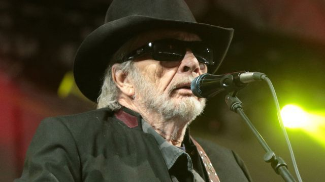 "Merle Haggard dead on his 79th birthday -Country music legend Merle Haggard, who was known for hits like ""Okie From Muskogee"" and ""Mama Tried,"" died on his 79th birthday"