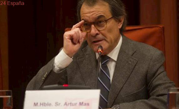 La Fiscalía pide investigar a Artur Mas por gastar más de 5 millones de euros en el 9-N