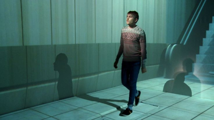Video for Willow's 'Sweater'. Everything shot in studio with 3 beamers projecting on a floor and two walls.  Directed by: Filip Sterckx DOP: Pierre Schreuder 3D…