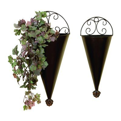 Woodland Imports 41765 Metal Wall Planters Portable Plantation Decors (set of 2)