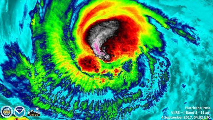 Se pregunta quién esta detrás de los huracanes y otros desastres naturales?
