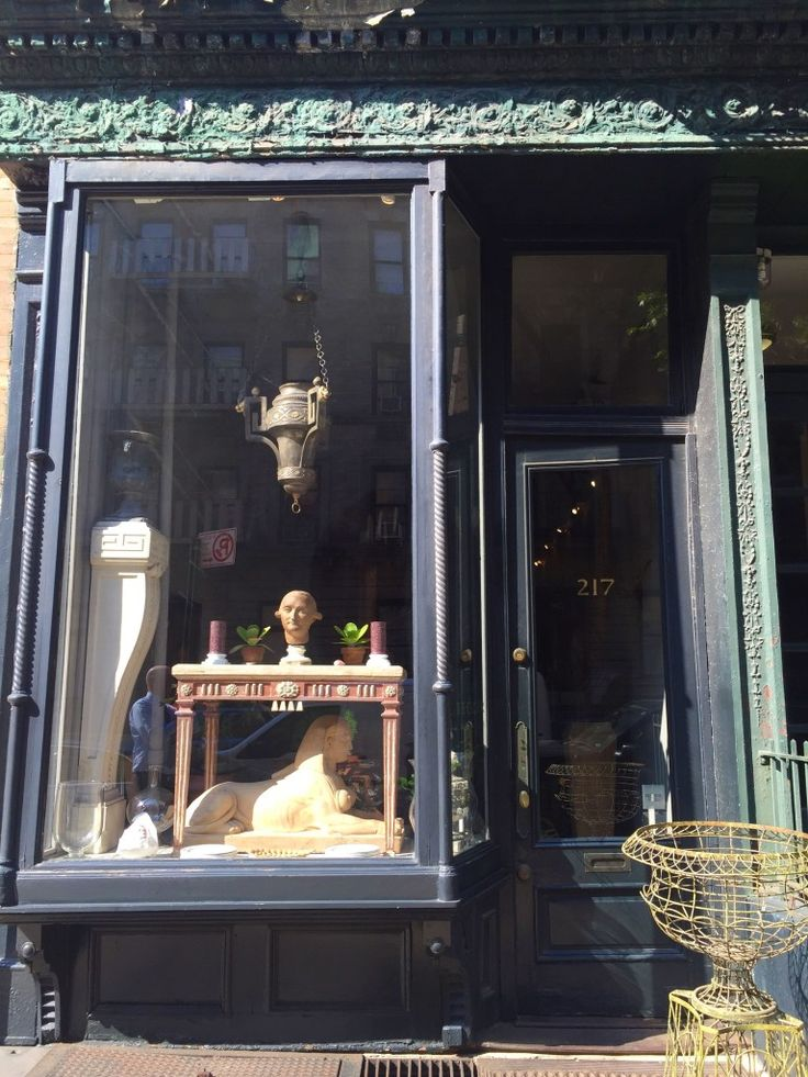 I've had L. Becker Flowers on my must visit list for a while. Yesterday, I finally made a pilgrimage to the chicest shop on the Upper East Side. The most ironic thing about of L. Becker Flowers is that there aren't actually many flowers in the space. Owner Larry Becker and his partner Roger Crowley assured […]