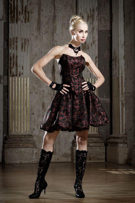 Ideen zu Promi Hochzeitskleider auf Pinterest  Enge hochzeitskleider ...