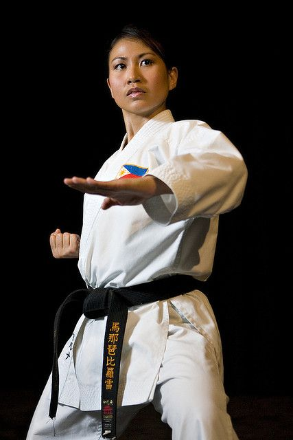 girls in karate. Lo ve. My daughters will definitely be exposed to this