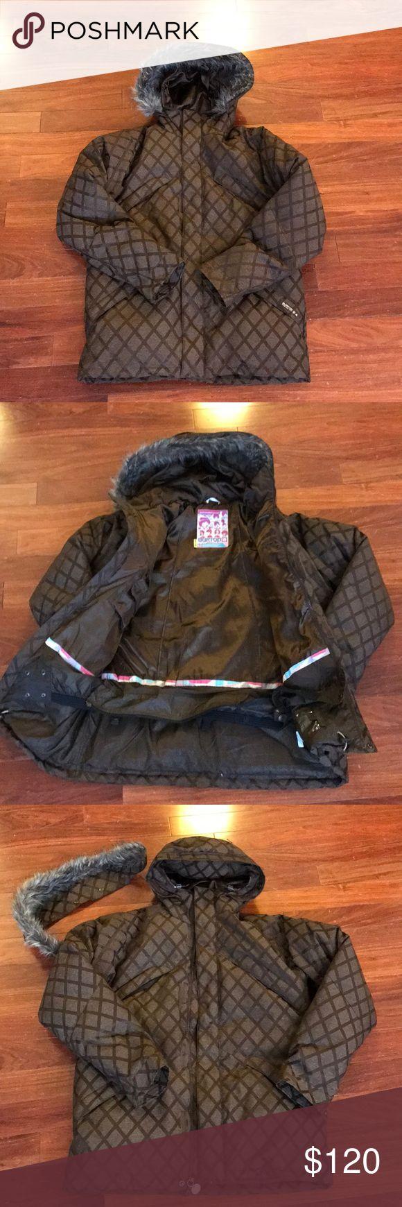 25+ cute Snowboarding jackets ideas on Pinterest ...