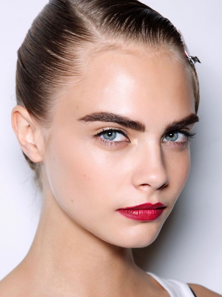 We asked several of our favorite brow gurus for the lowdown on the art of eyebrow tinting, whether tinting at home or at the salon.