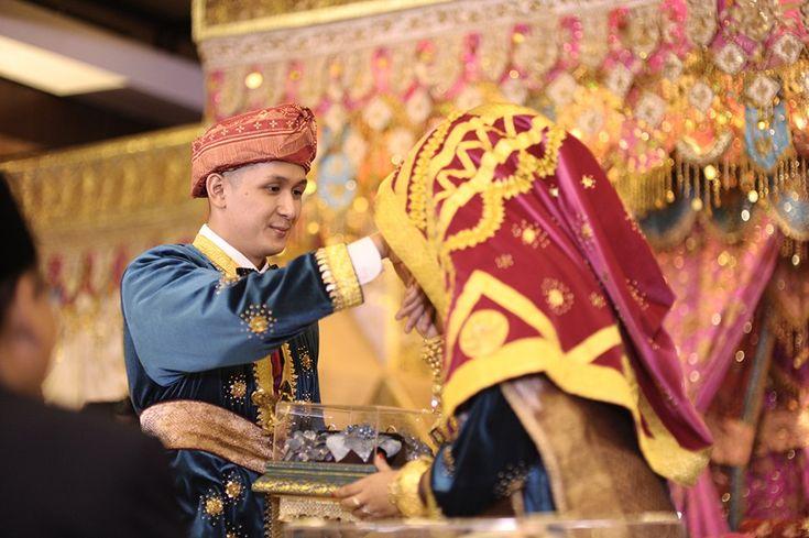 Pernikahan Minang dengan Warna Cerah ala Wanda dan Landi - _BSM3127