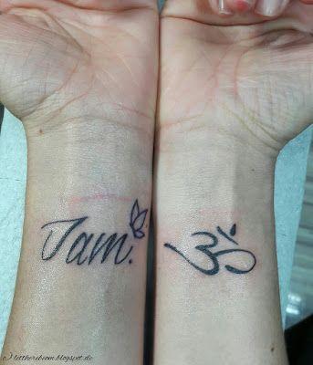 """Yoga geht unter die Haut   Namaste! Tattoos bedeuten die Seele auf der Haut zu tragen. Tattoos sind der Ausdruck der Seele - und meine befreite Seele hat viel zu sagen. Deswegen war es auch an der Zeit mich stechen zu lassen. Mit dem Gedanken habe ich schon lange gespielt jetzt wollte es raus bzw. rauf oder noch besser drunter. Yoga geht mir unter die Haut.     Am rechten Handgelenk das OM-Zeichen am linken der Schriftzug """"I am"""" und ein Schmetterling. Zum einen mein Halt zum anderen die…"""