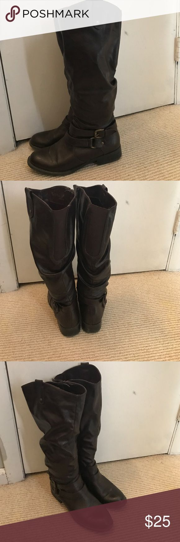 Women's brown zip up riding boots Dark Brown zip up riding boots. White Mountain Brand. Great condition Shoes