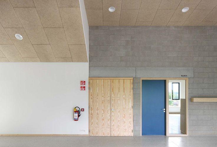 """Dierendonckblancke . Nursery and primary school """"DE TOL"""" . Riemst (10)"""