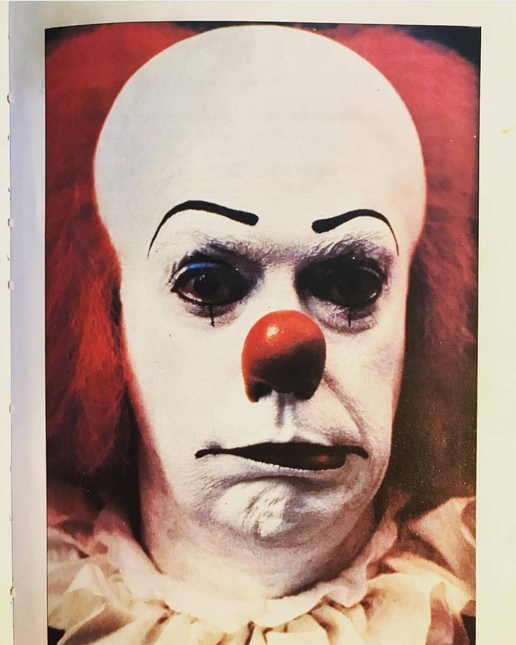 Tim Curry's Pennywise